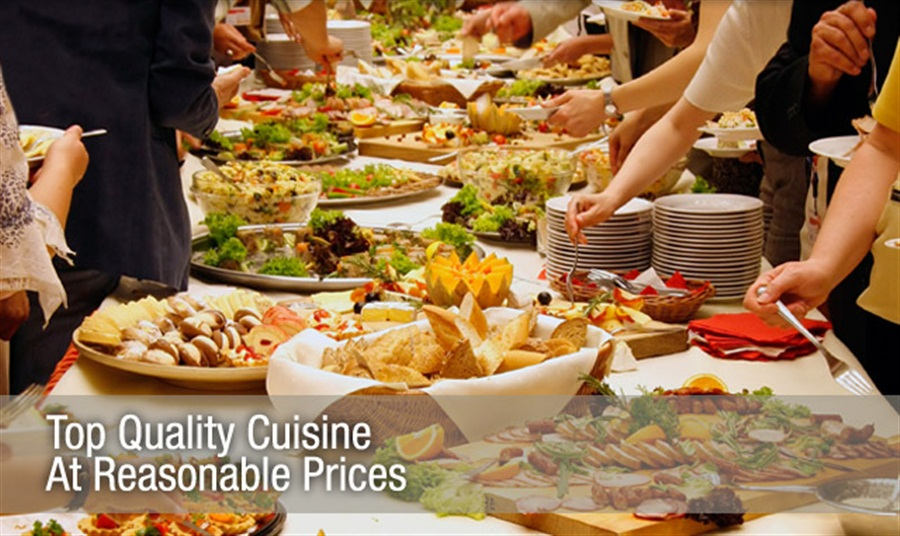 Catering-by-Bryce-Utah-Wedding-Catering-buffet