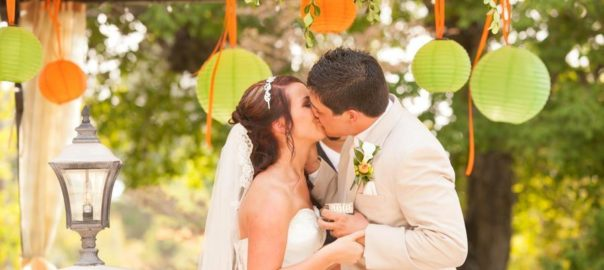 Event-Masters-Decor-bride-and-groom-kissing