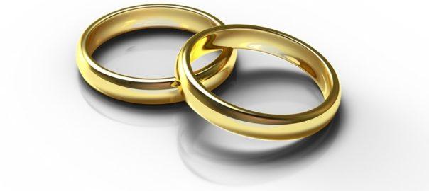 Stronger-Marriage-rings-on-Salt-Lake-Bride