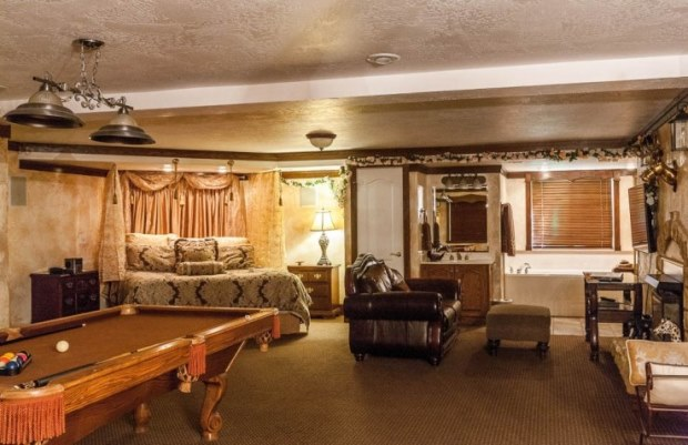 Utah-Bed-and-Breakfast-Castle-Creek-Inn-Kings-room