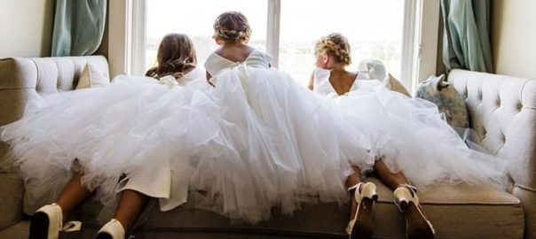 6-Must-Have-Shots-on-Your-Wedding-Day-Children-featured