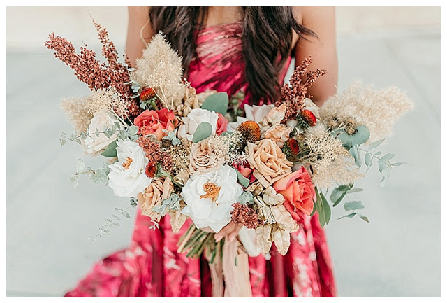 Salt Lake Bride Blog PostGreat Saltair Bridals_Stephanie Lorrain Photography_Intertwined Floral_Dalliane Bespoke 0036